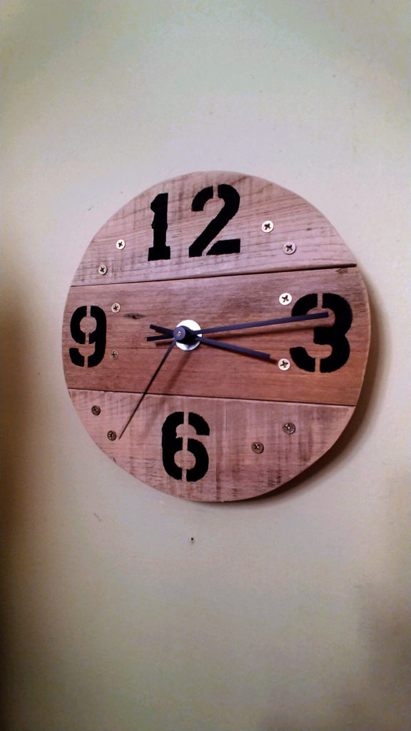 How To Pallet Wood Clock Sawhorse Creations